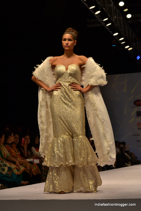 Rohini Gugnani collections