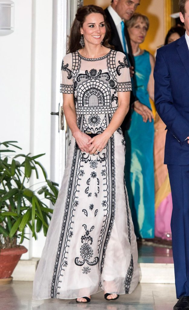 Garden Party To Honor Queens 90th Birthday The Detailing On Dress Had Us Eye Popping And She Looked So Elegant Paired It Up With Small Black