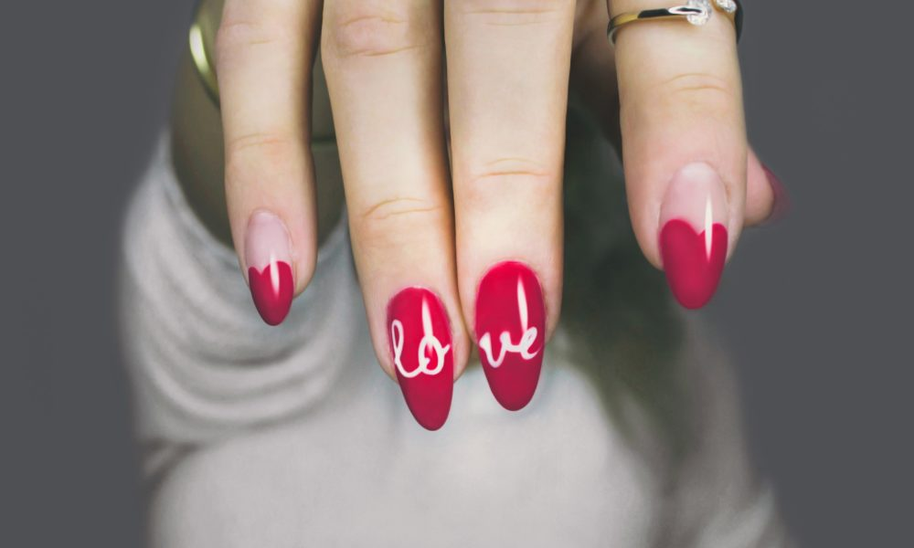 Nail care : 8 simple tips and suggestions